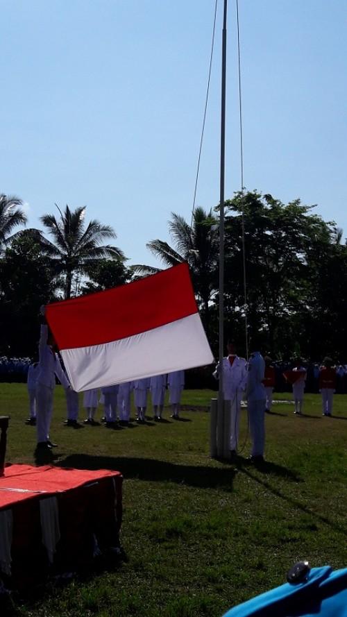 Upacara Bendera HUT RI Ke 71