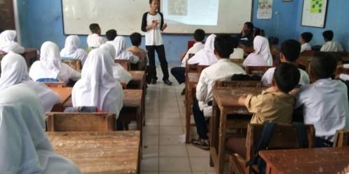 Momentum KKN, Mahasiswa UIN Sosialisasikan Bahaya Rokok dan Narkoba
