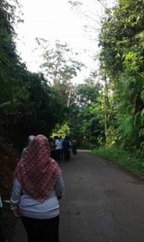 Kegiatan Olah Raga Staff Kecamatan Jasinga